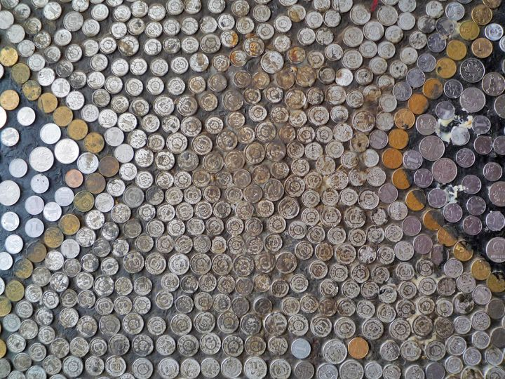 Photo decoration made from coins in shigatse - Decoration coin salon ...